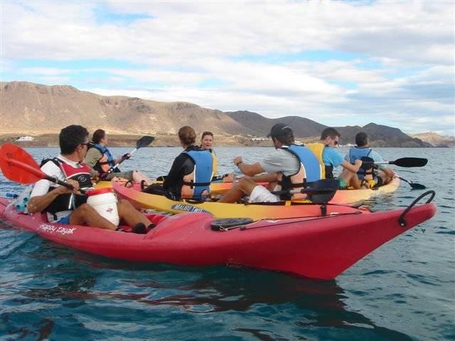 excursion en kayak por el parque natural de cabo de gata nijar