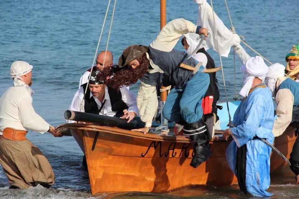 piratas llegan a san jose cabo de gata