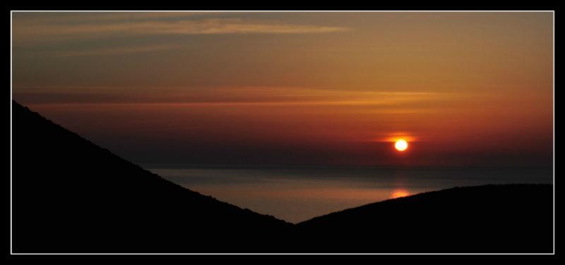 La luz del amanecer nos regala esta imagen.