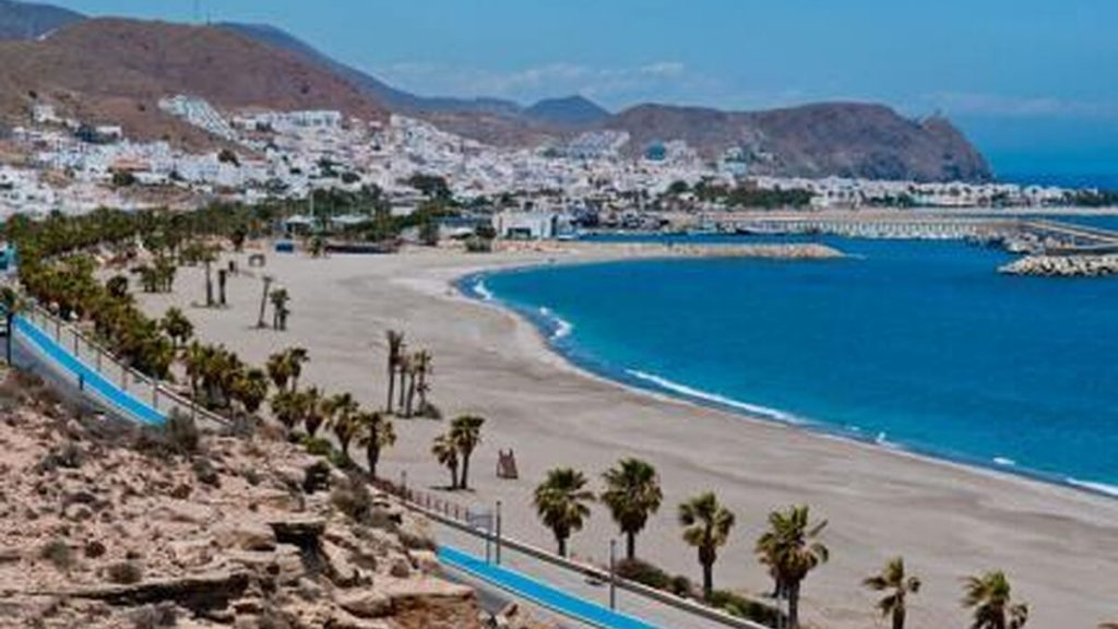 Pueblo Playa Carboneras Cabo De Gata Almeria 1