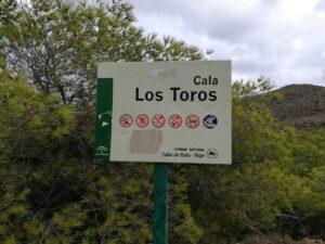 Buceo Cala Los Toros Barranco Negro Cabo De Gata Almeria 300x225