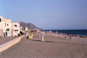 Verano Playa San Miguel Cabo De Gata Almeria 300x200